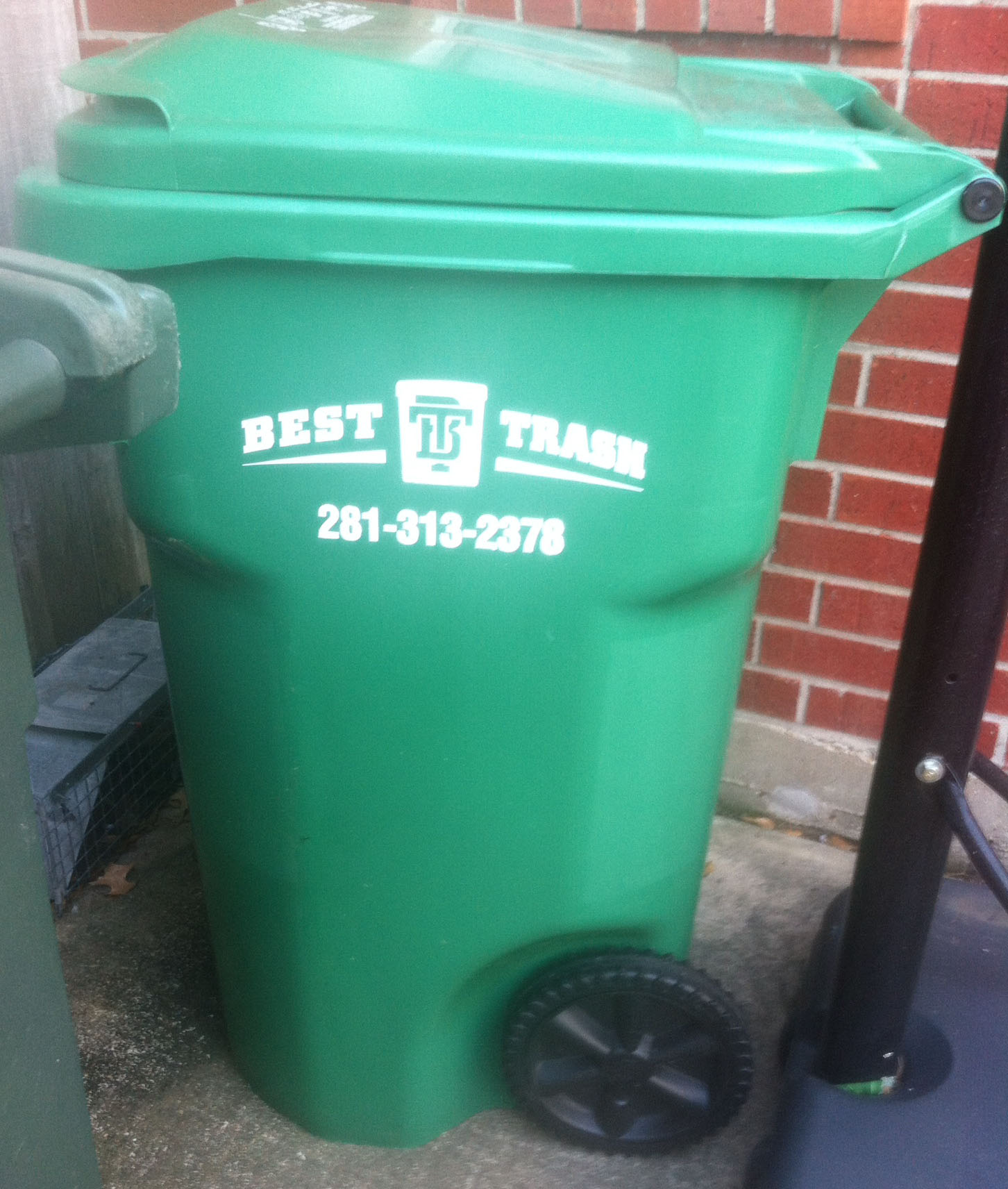 Make Sure Trash Recycling And Food Ss Are Sorted Correctly Either Placed In Curbside Bins Or Taken To Your Town S Drop Off